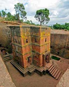 Ausgegrabene Kirche